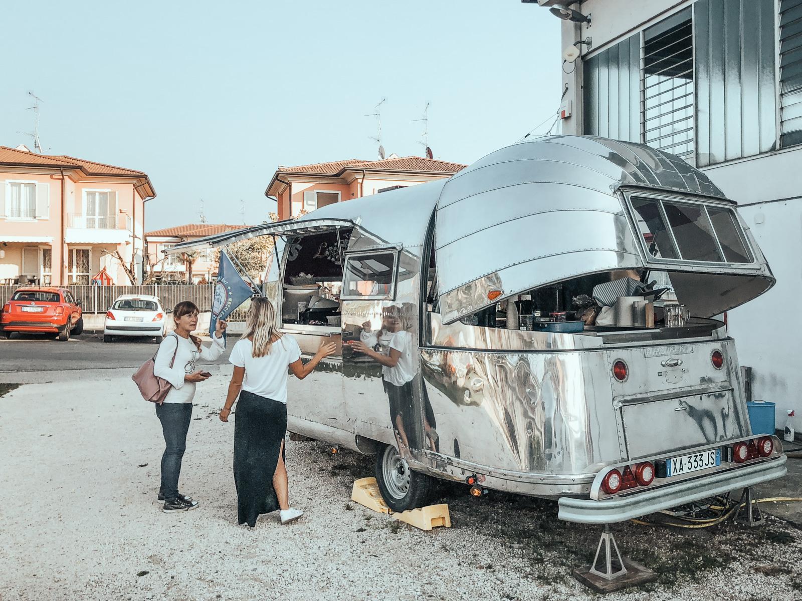 American style at lake Garda in Italy - Two Modern Gypsies